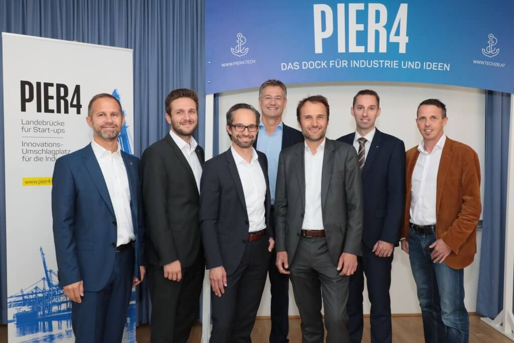 """""""PIER 4 – Mit voller Kraft voraus: Fünf neue Topbetriebe an Bord."""" ist gesperrt PIER 4 – Mit voller Kraft voraus: Fünf neue Topbetriebe an Bord. - Gruppenfoto"""